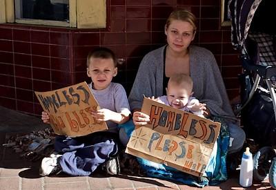 Pendant-que-les-médias-vous-disent-que-les-uSA-sont-sortis-de-la-crise-les-enfants-qui-vivent-dans-la-rue-se-multiplient